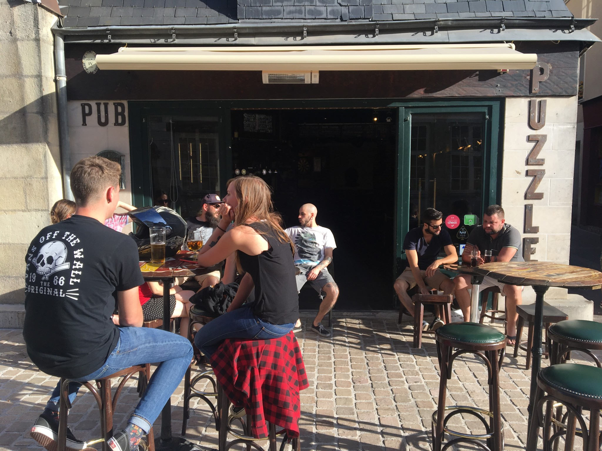 Pub Le Puzzle à Tours