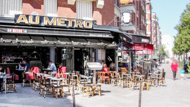 Au Metro 14